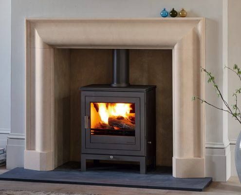 Chesneys Beaumont 5 Wood-burning Stove with Langley fireplace