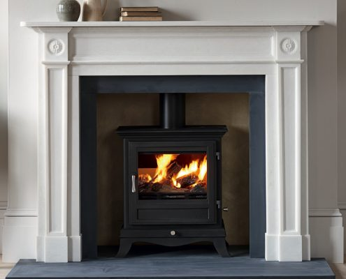 Chesneys Beaumont 8 Multi-fuel Stove with Langley fireplace