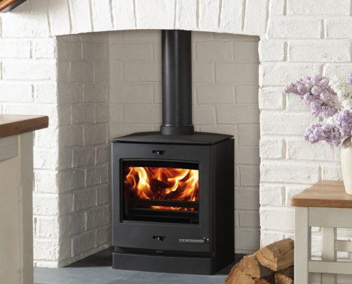 Yeoman CL5 Wood burning Multi-fuel Stove