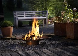 RAIS Ra Outdoor Fireplace - Minimalistic fire bowl in steel